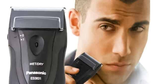 Panasonic ES3831K Electric Travel Shaver Performance