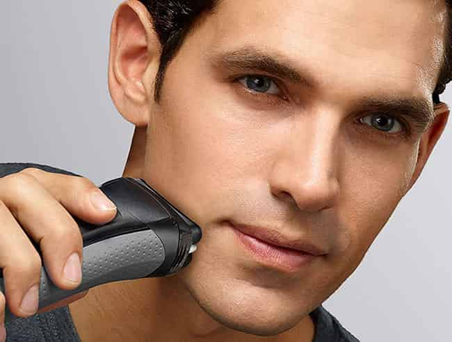 years in addition to it is an iconic German linguistic communication Brand specialized inwards the world class shavers Braun Series iii ProSkin Electric Shaver Review – Braun 3050cc