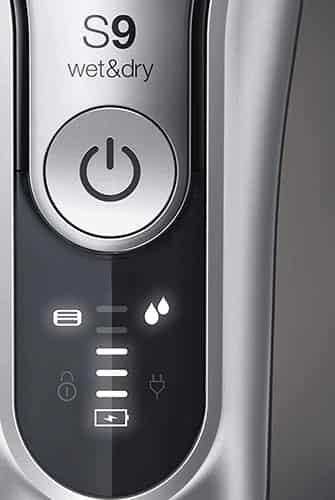 Braun Series 9 9370cc LED display